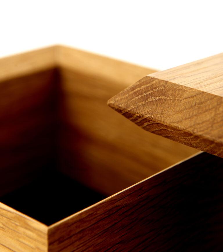 facet box